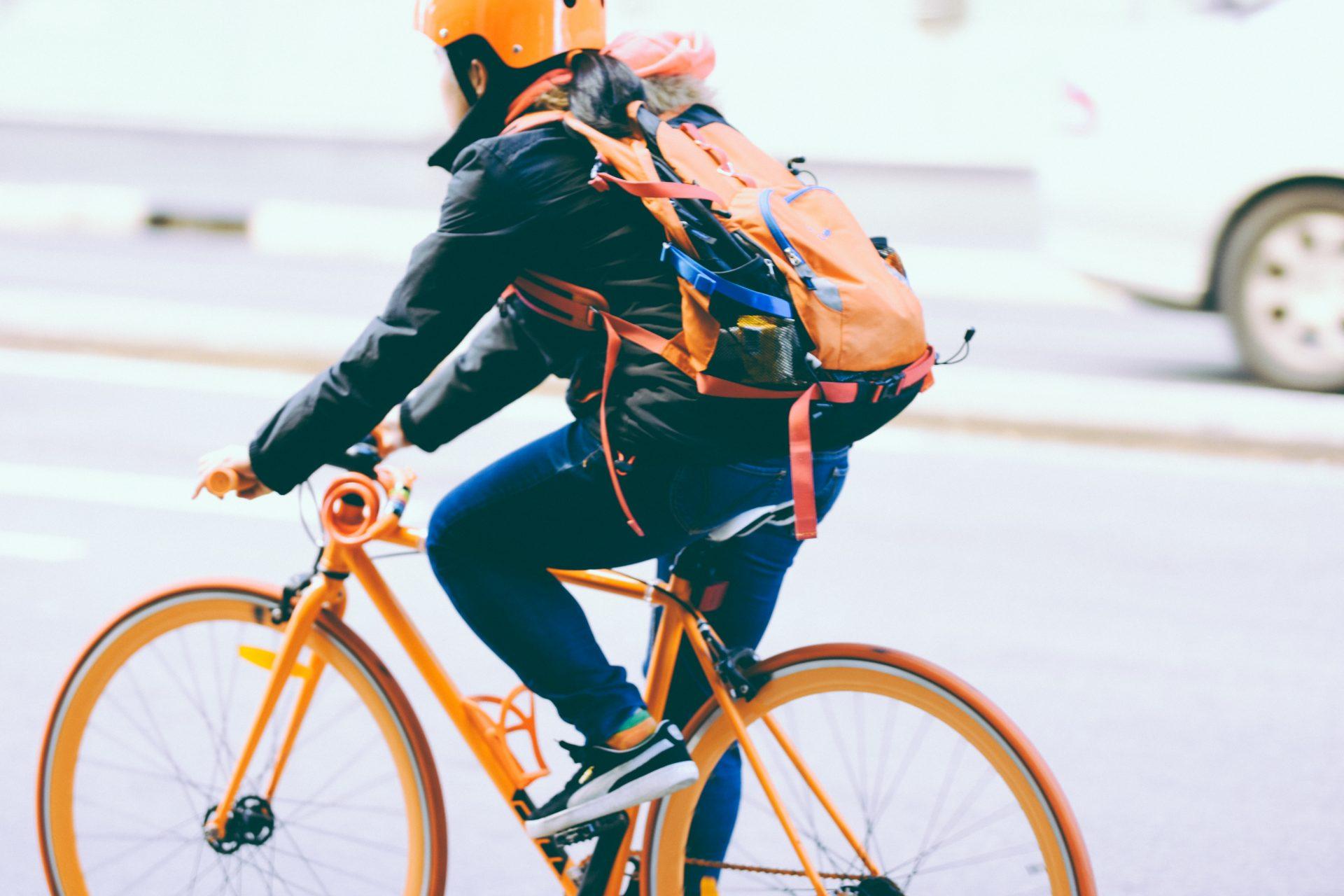 Työsuhdepolkupyörä vai yhteiskäyttöpyörä?